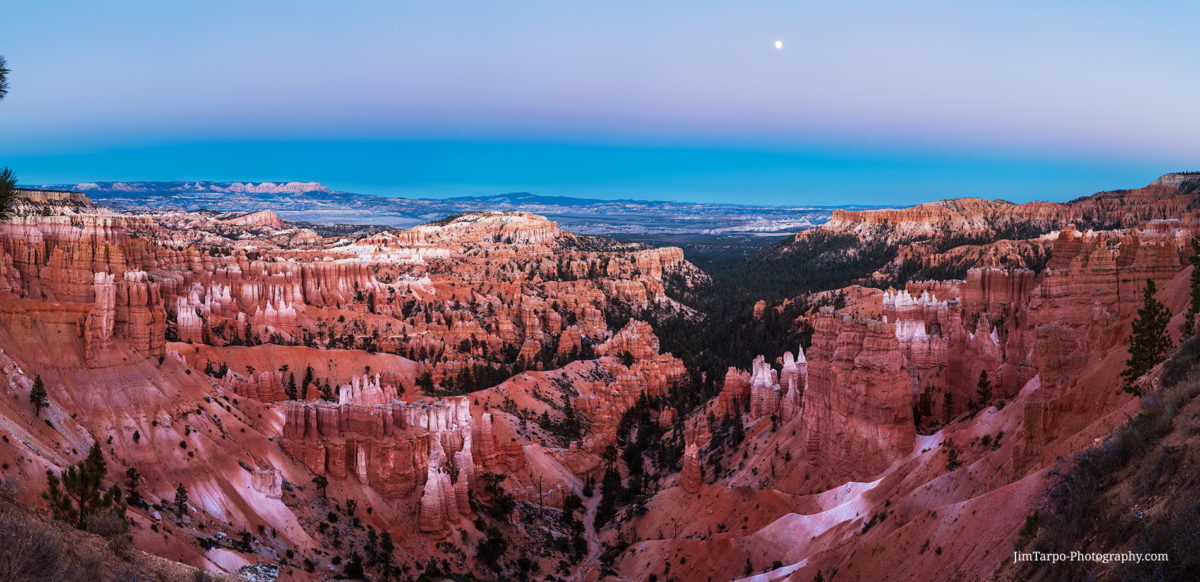 bryce canyon moon high resolution